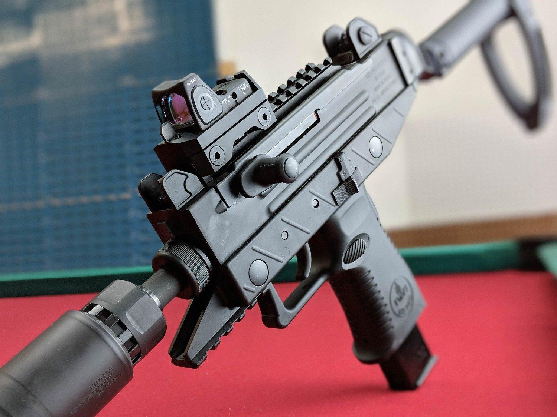 Пистолет-пулемет УЗИ: история и модификации UZI, конструкция, характеристики ТТХ