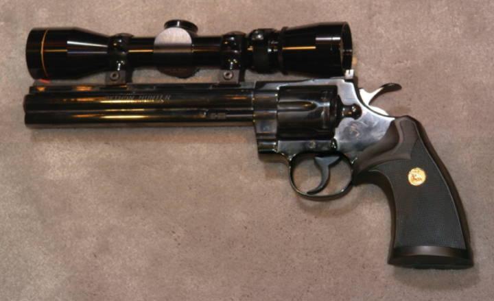 Револьвер Кольт Питон: воплощение красоты и мощи