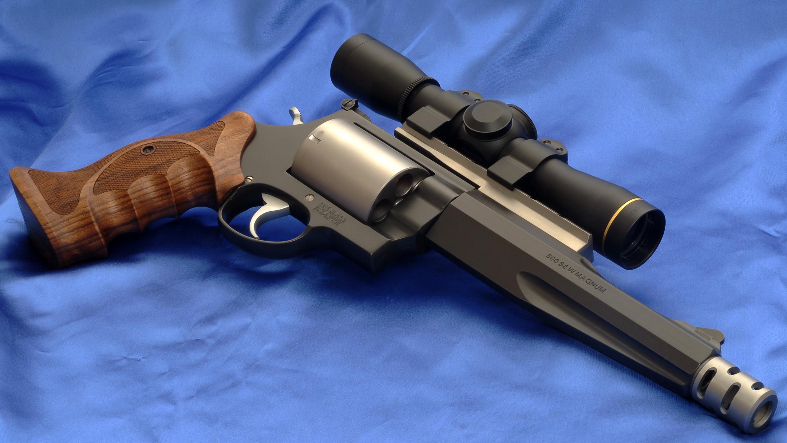 Револьвер Smith Wesson Model 500 под патрон .500 Magnum