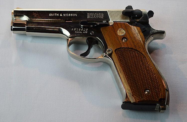 Смит Вессон - легендарная оружейная компания