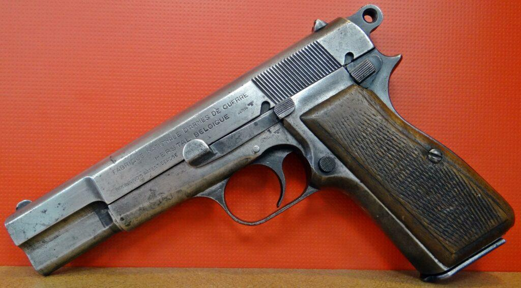 Пистолет Браунинг: история оружейной иконы