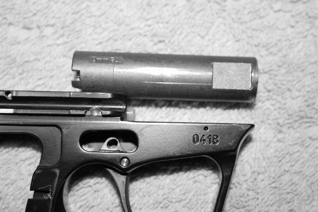 Обзор чешского травматического пистолета WASP R